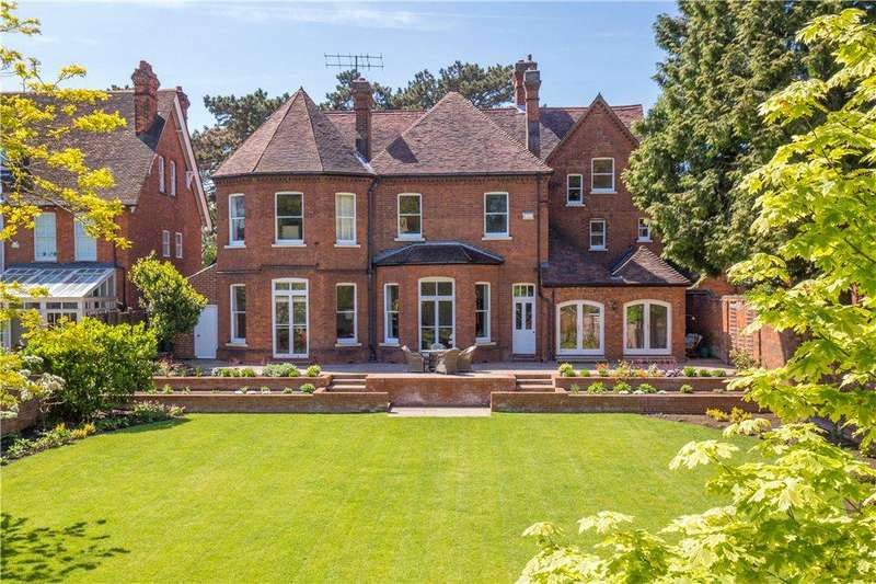 8 Bedrooms Unique Property for sale in Rothsay Gardens, Bedford, Bedfordshire