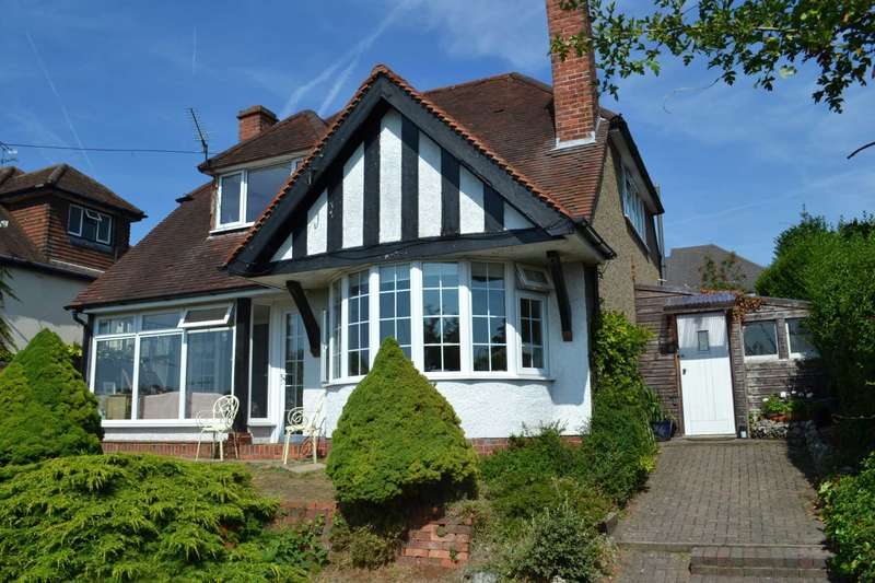 4 Bedrooms Detached House for sale in Henley Road, Caversham