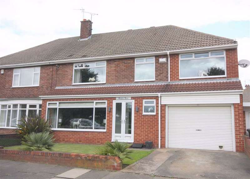 4 Bedrooms Semi Detached House for sale in Beach Road, Tynemouth, NE30