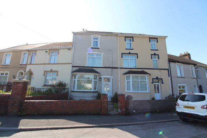 4 Bedrooms Terraced House for sale in Avalon Terrace, Tredegar