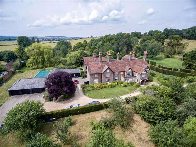 9 Bedrooms Country House Character Property for sale in Great Billington, Bedfordshire