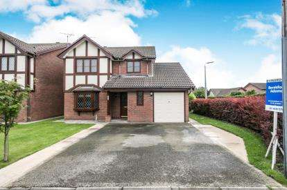 4 Bedrooms Detached House for sale in Clwyd Park, Kinmel Bay, Rhyl, Conwy, LL18
