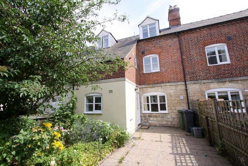 2 Bedrooms Terraced House for sale in Mill Row Cottages, Ryeford, Stonehouse