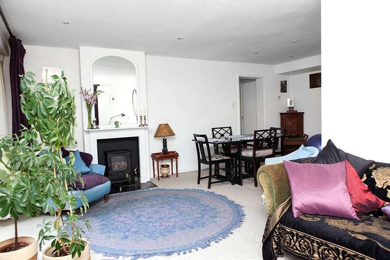 3 Bedrooms Apartment Flat for sale in Hever Close, Maidenhead, Berkshire, SL6