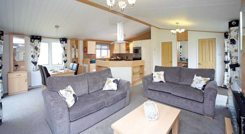 2 Bedrooms Park Home Mobile Home for sale in Riverview Residential Homes, Forres, Moray, IV36 2UL