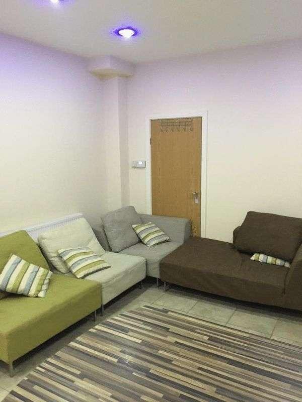 Property for rent in Bournbrook Road 8 EnSuite Bedrooms