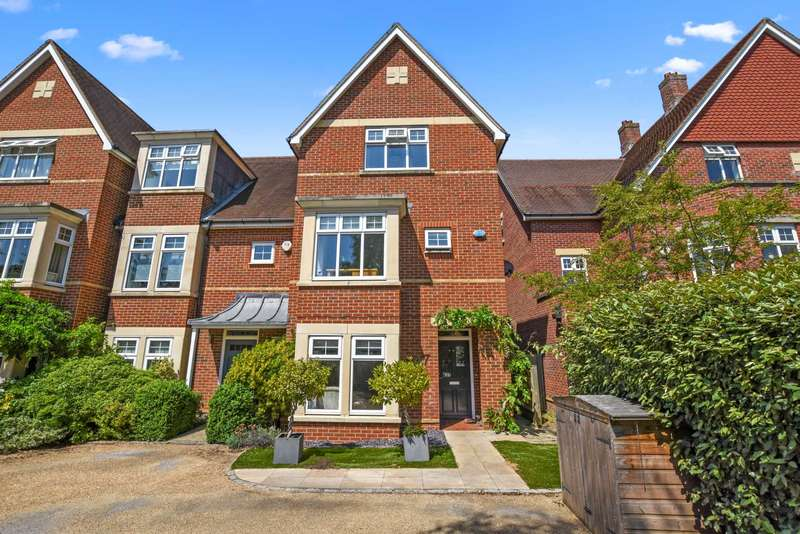 5 Bedrooms House for sale in Stone Meadow, Waterways