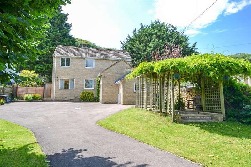 4 Bedrooms Detached House for sale in May Lane, Dursley, GL11 4JN