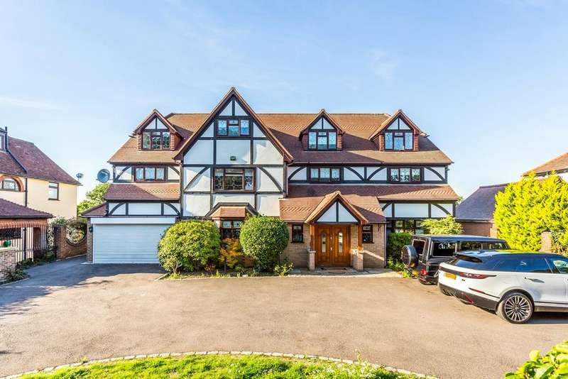 7 Bedrooms Detached House for sale in Manor Road, Chigwell, IG7