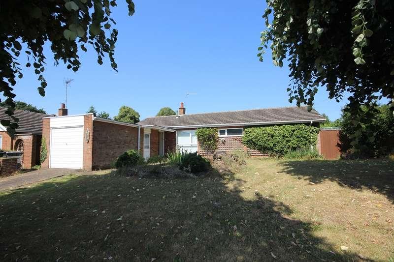 3 Bedrooms Detached Bungalow for sale in Chestnut Crescent, Maulden, Bedfordshire, MK45