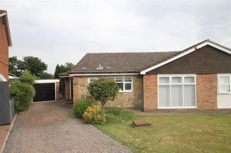 3 Bedrooms Bungalow for sale in Pollards Close, Goffs Oak, Hertfordshire, EN7