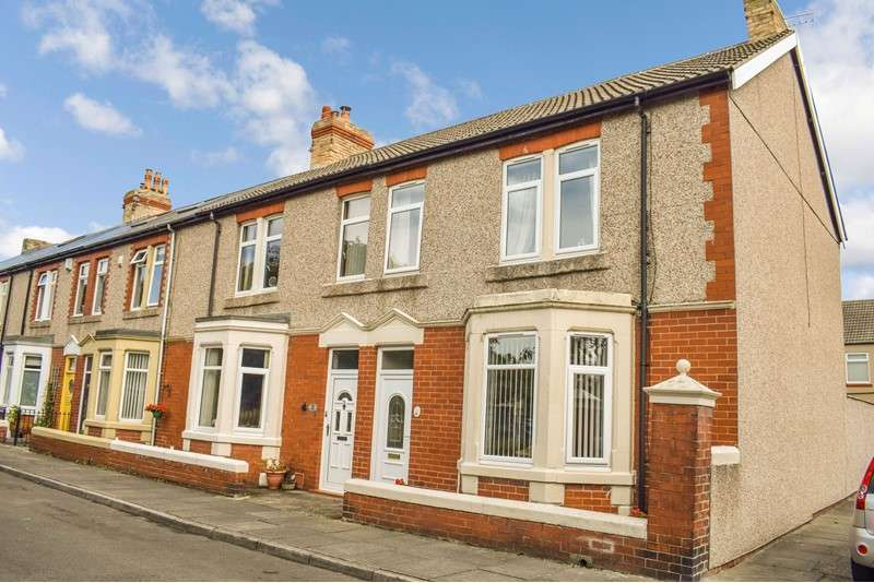 3 Bedrooms Property for sale in Grasmere Terrace, Newbiggin-by-the-Sea, Northumberland, NE64 6PA