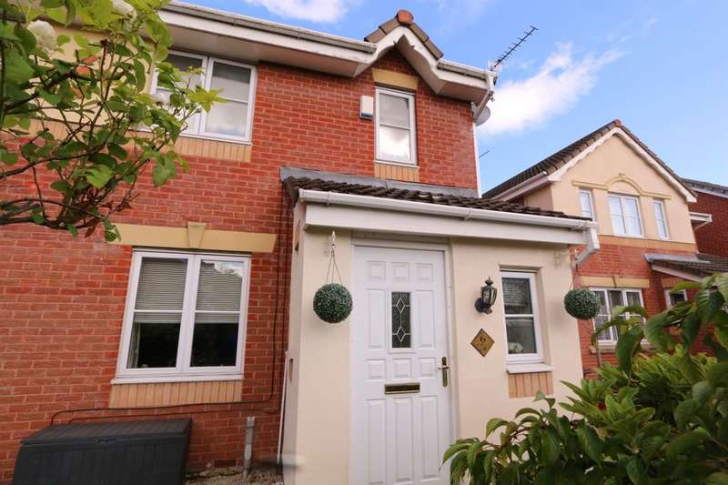 4 Bedrooms Semi Detached House for sale in Birchwood, Droylsden, Manchester, M43