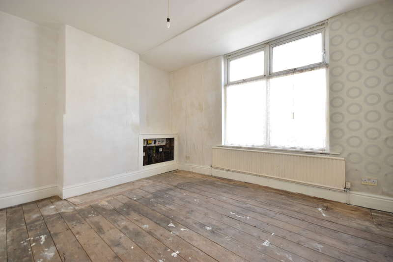 3 Bedrooms End Of Terrace House for sale in Hill Street, Blackpool