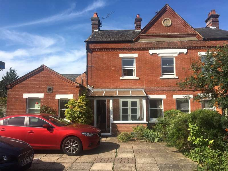 3 Bedrooms Semi Detached House for sale in Birchlands, Greatbridge Road, Romsey, Hampshire, SO51