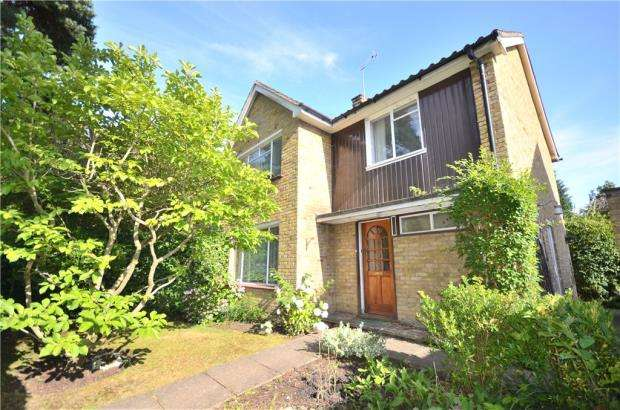 4 Bedrooms Semi Detached House for sale in Wittenham Road, Bracknell, Berkshire