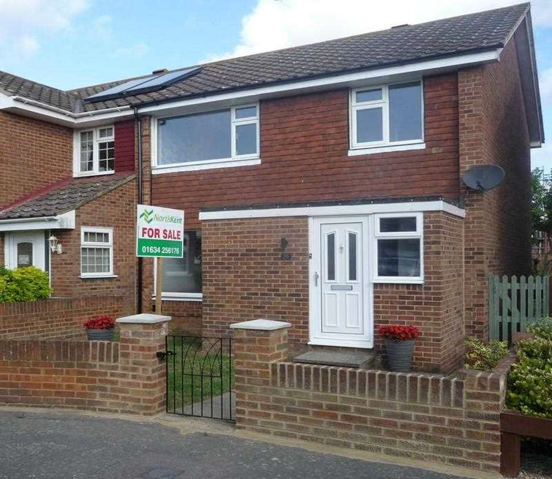 3 Bedrooms House for sale in Wall Close, HOO ST. WERBURGH