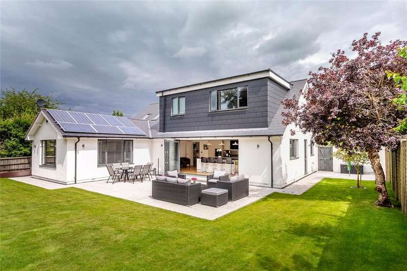 3 Bedrooms Detached House for sale in Sandy Lane, Charlton Kings, Cheltenham, Gloucestershire, GL53