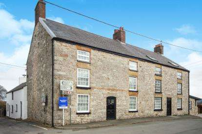 6 Bedrooms Semi Detached House for sale in Cilcain, Mold, Flintshire, ., CH7