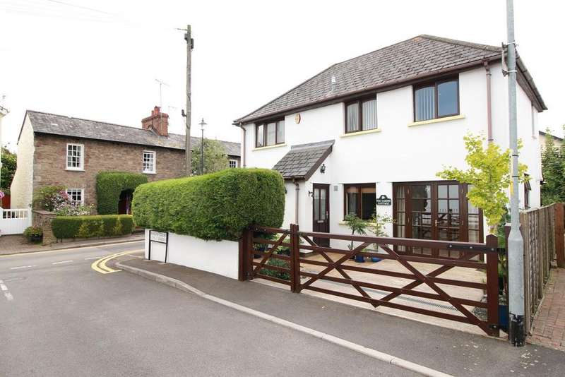 3 Bedrooms Detached House for sale in Baron Street, Usk, NP15