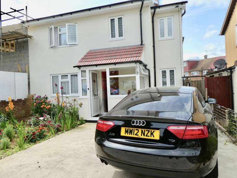 6 Bedrooms Semi Detached House for sale in Conway Drive, Hayes
