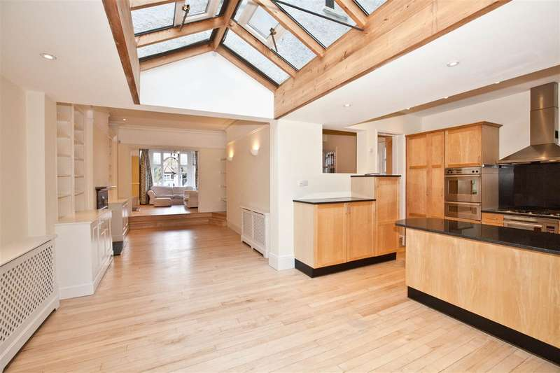 5 Bedrooms Semi Detached House for rent in Chesterfield Road, Chiswick, London