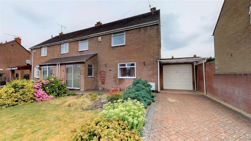 3 Bedrooms Semi Detached House for sale in Fortfield Road, Bristol