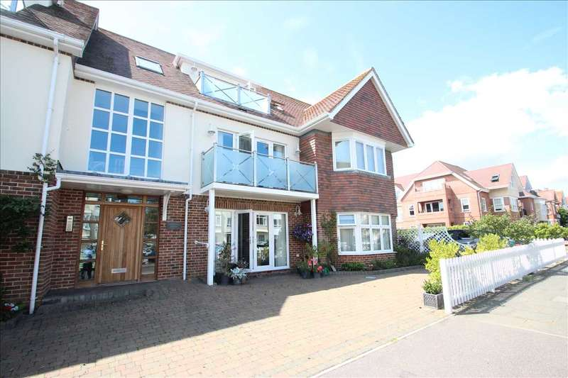 1 Bedroom Apartment Flat for sale in Principal Court, Queens Road, Frinton-on-Sea