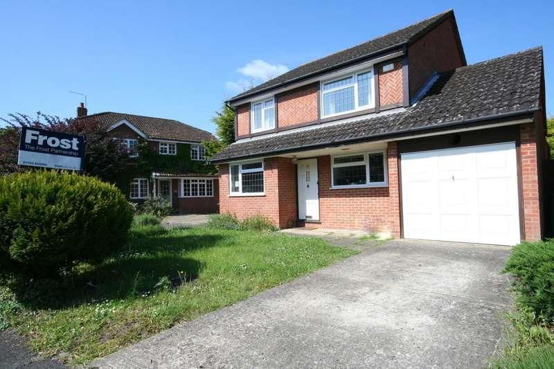 4 Bedrooms Detached House for sale in Saxon Way, Old Windsor, Windsor, SL4