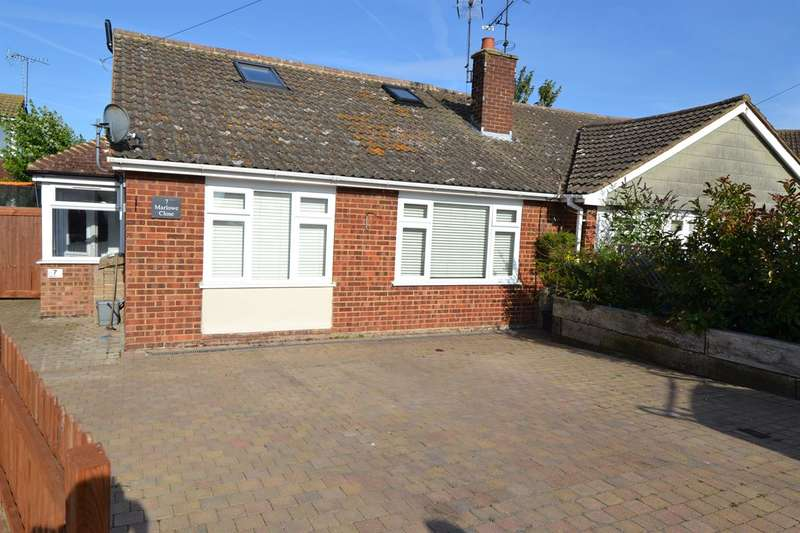 4 Bedrooms Semi Detached Bungalow for sale in Marlowe Close, Whitstable