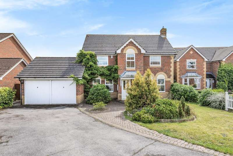 4 Bedrooms Detached House for sale in Ash Gate, Thatcham, RG18