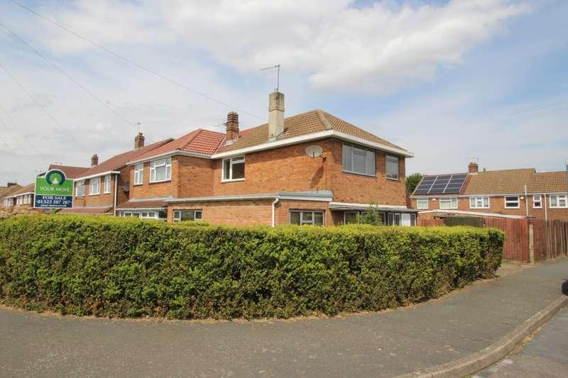 3 Bedrooms Semi Detached House for sale in Fleet Road, Dartford, DA2