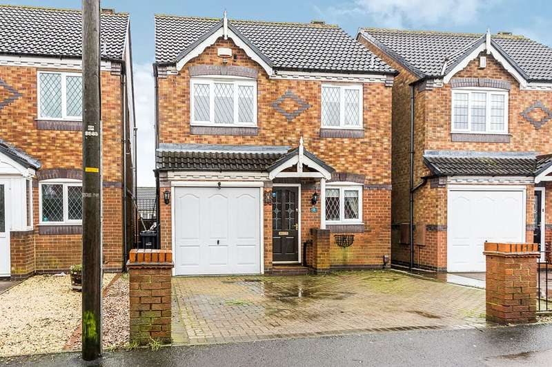 3 Bedrooms Detached House for sale in Coppice Road, Coseley, Bilston, West Midlands, WV14
