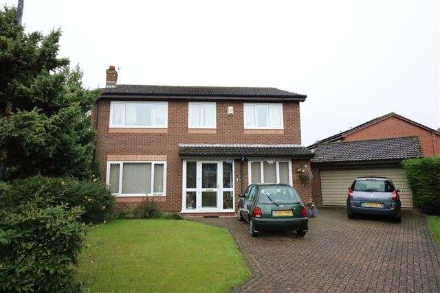 4 Bedrooms Detached House for sale in Wentworth Drive, Carlisle, Cumbria, CA3 0PW