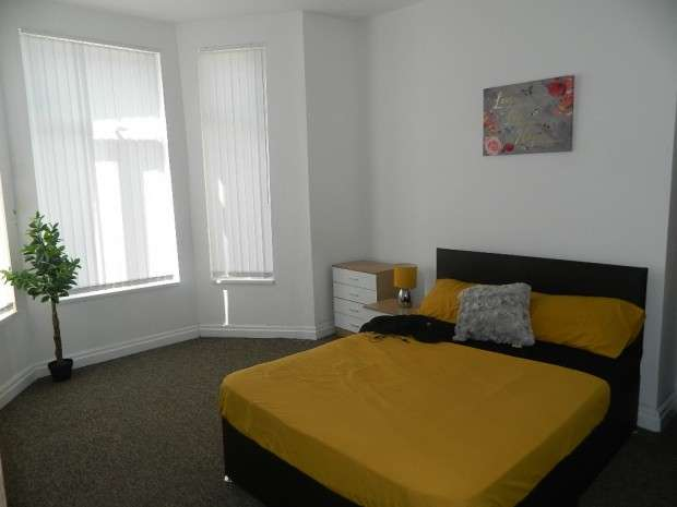 Apartment Flat for rent in Windsor Road, Liverpool, L13