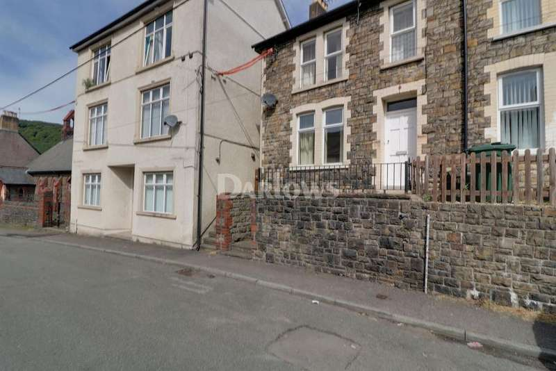 3 Bedrooms End Of Terrace House for sale in Pontypool