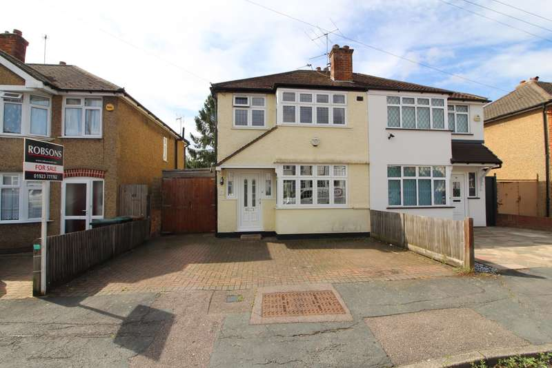 3 Bedrooms Semi Detached House for sale in Winchester Way, Croxley Green, Rickmansworth