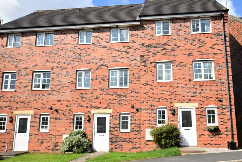 4 Bedrooms Town House for rent in Wesham Park Drive, Wesham
