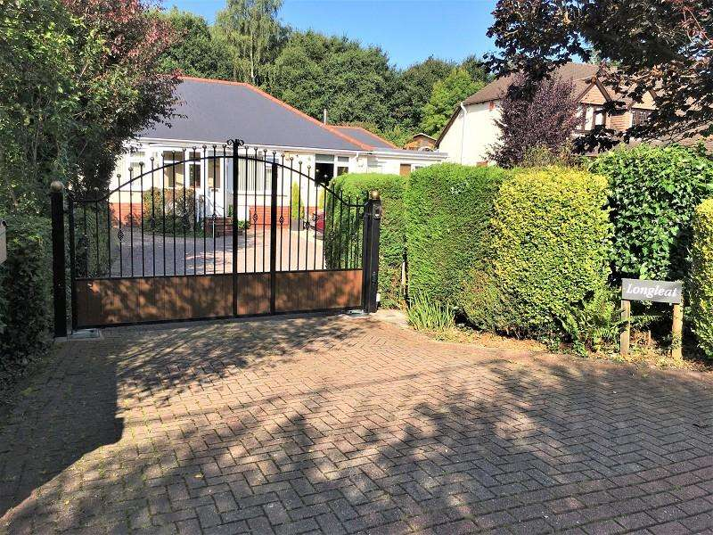 4 Bedrooms Semi Detached House for sale in Catsash Road, Langstone, Newport. NP18 2LZ