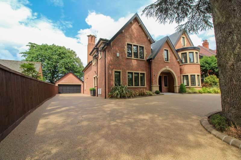 6 Bedrooms Detached House for sale in BROADWAY in Bramhall