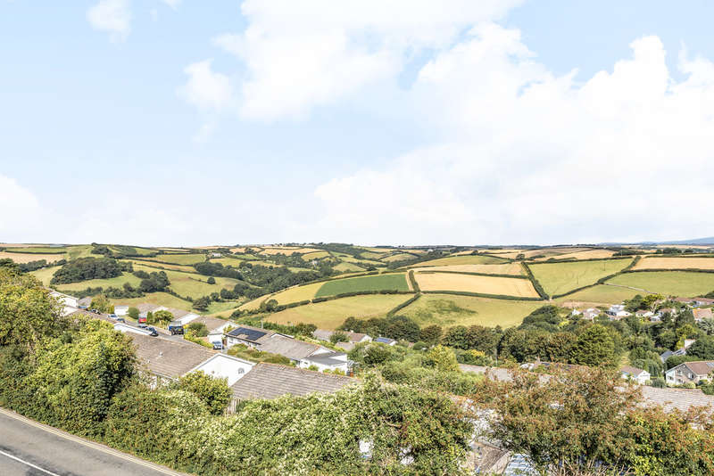 4 Bedrooms Semi Detached House for sale in Main Road, Salcombe