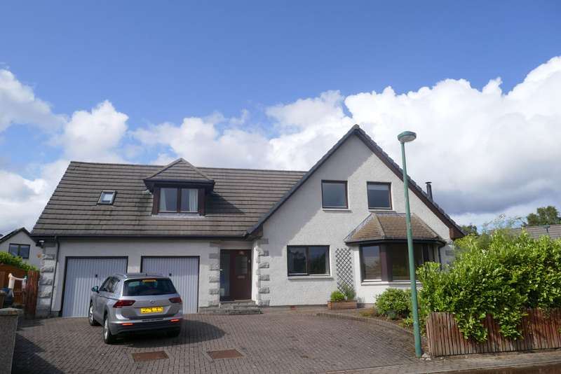 5 Bedrooms Detached House for sale in Dalfaber Park, Aviemore, PH22 1QF