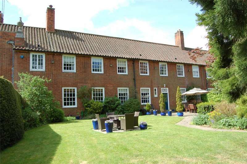 5 Bedrooms House for sale in Stockgrove Park, Stockgrove, Bedfordshire, LU7