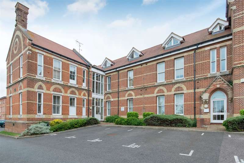2 Bedrooms Apartment Flat for sale in George Roche Road, Canterbury