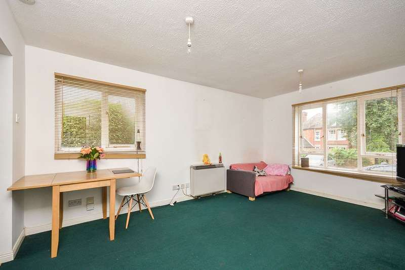 1 Bedroom Apartment Flat for sale in Victoria Court Victoria Street, Maidstone, Kent, ME16