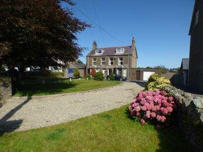 Semi Detached House for sale in Lon Uchaf, Morfa Nefyn, Pwllheli, Gwynedd, LL53