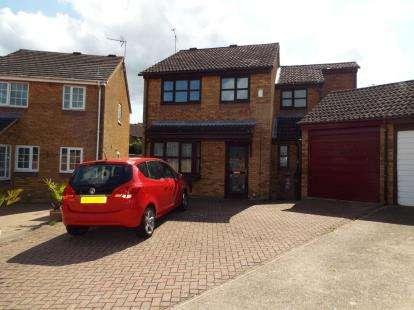 4 Bedrooms Detached House for sale in Boxfield Green, Stevenage, Hertfordshire, United Kingdom