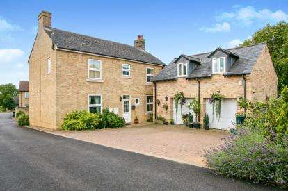 5 Bedrooms Detached House for sale in Sutton, Ely, Cambridgeshire
