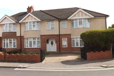5 Bedrooms House for rent in Birchdale Avenue