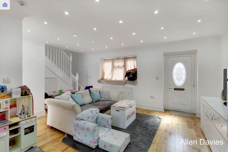 1 Bedroom House for sale in Clairmont Road, Leytonstone